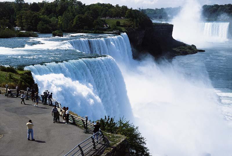 Kanada - niagarské vodopády