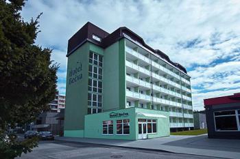 12496-hotel-becva