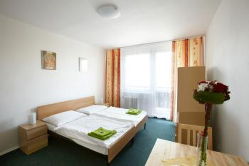 12497-hotel-becva