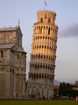 Pisa - místo slavné šíkmé věže - Pisa