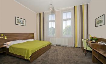 Pokoj, Hotel Zámeček