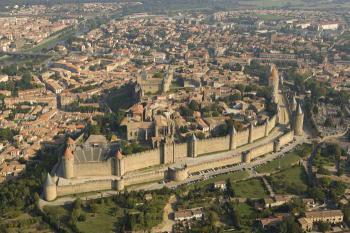 Carcassone - slavná pevnost Francie - Carcassonne