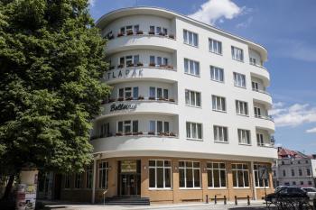 Ubytování Poděbrady, Hotel Bellevue-Tlapák