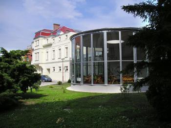 Hotel Zimní Lázně, Ubytování lázně Poděbrady