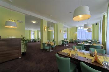 Restaurace, Hotel Zámeček, Ubytování lázně Poděbrady