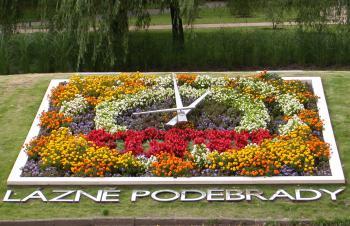 Podebrady (Poděbrady) - Poděbrady - květinové hodiny