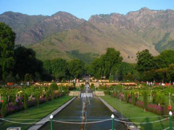 Srinagar - Mughalské zahrady